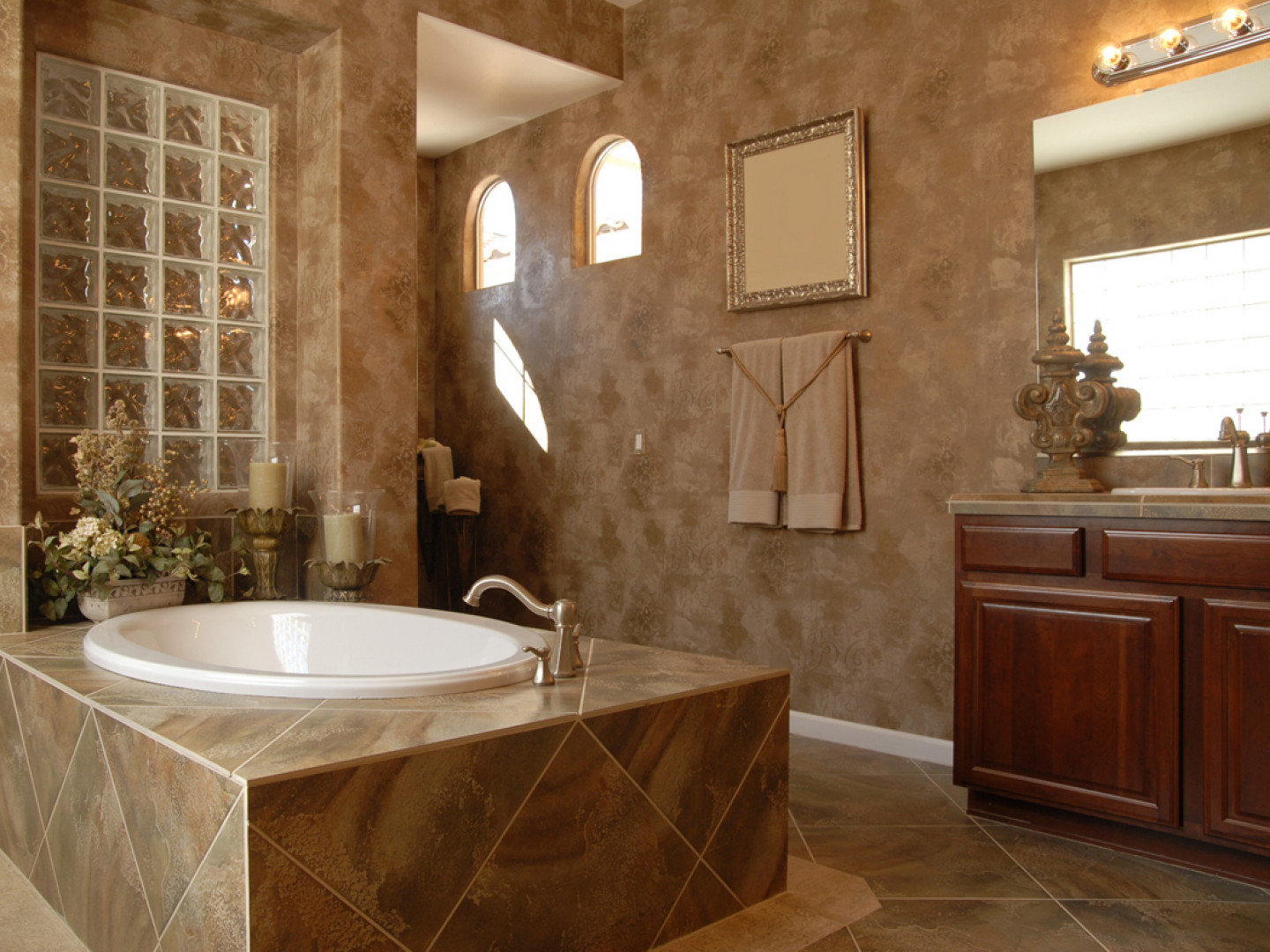 Hire A Skilled Bathroom Remodeler In Kansas City & Shawnee, KS